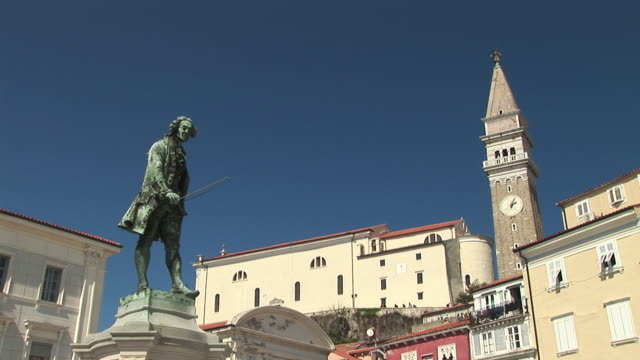 LA WS Statue of composer Giuseppe Tartini in Tartinijev Trg Square near Church of Sv. Jurij / Piran, Slovenia