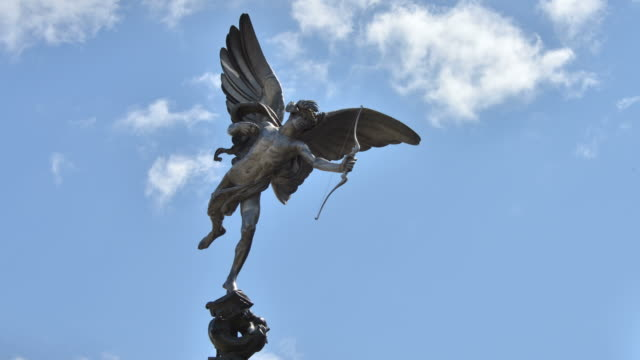 t/l statue of eros piccadilly circus london - statue stock videos & royalty-free footage
