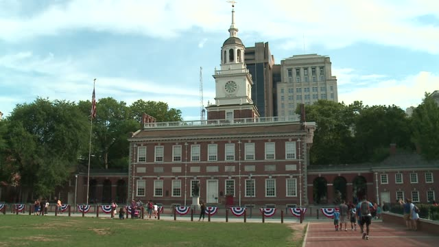 wgn statue of george washington in front of independence hall in philadelphia pennsylvania on july 28 2016 - independence hall stock videos and b-roll footage