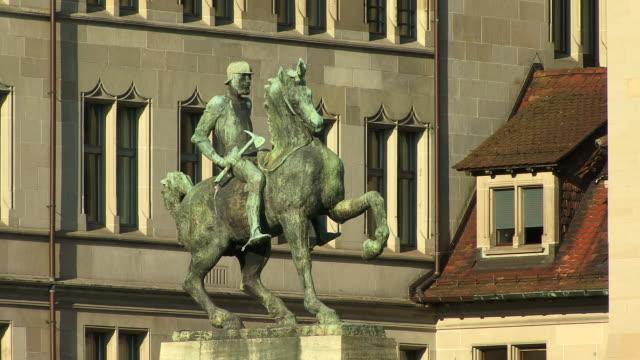 ms, statue of hans waldmann, zurich, switzerland - animal representation stock videos & royalty-free footage