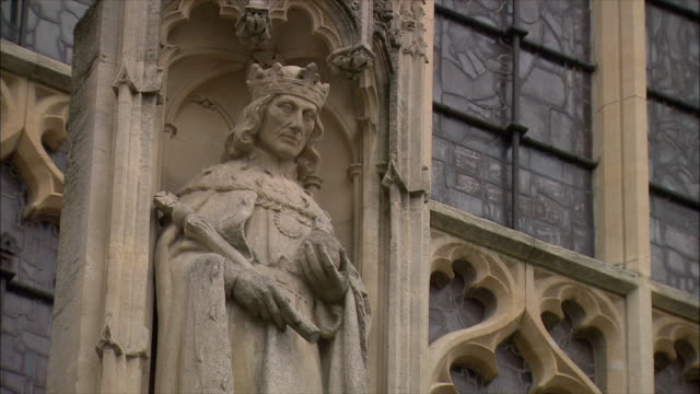 ms statue of king henry viii at bath abbey / somerset, united kingdom - somerset england stock videos & royalty-free footage