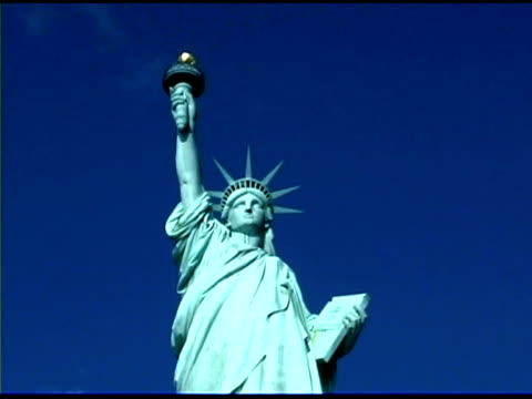 statue of liberty in new york city - female likeness stock videos & royalty-free footage