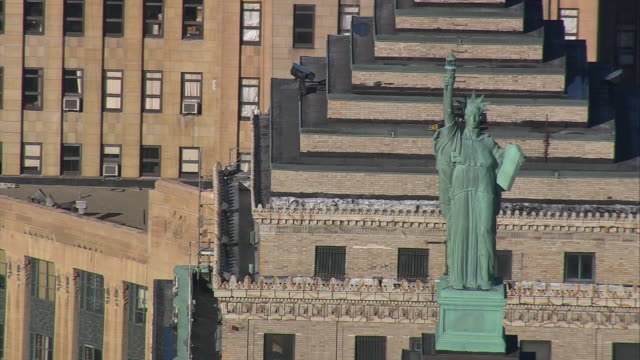 aerial statue of liberty replicas atop liberty building / buffalo, new york, united states - buffalo new york state stock videos & royalty-free footage