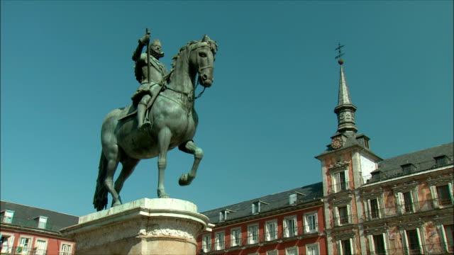 WS LA Statue of Philip III on horseback, Plaza Mayor, Madrid, Spain