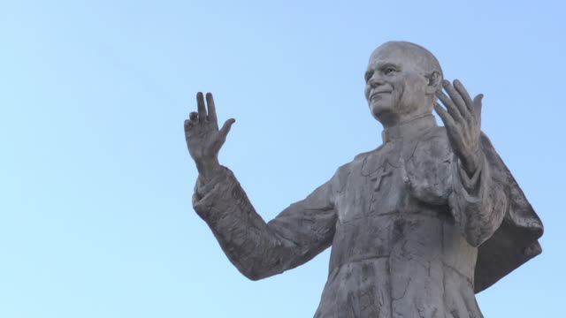 statue of pope john paul ii - pope john paul ii stock videos and b-roll footage