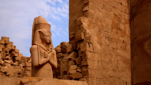 statue of ramses ii from karnak temple, luxor egypt - valley of the kings stock videos & royalty-free footage