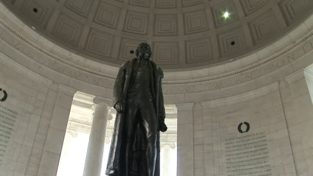 la, zi, cu, statue of thomas jefferson in jefferson memorial, washington dc, washington, usa - engraved image stock videos and b-roll footage