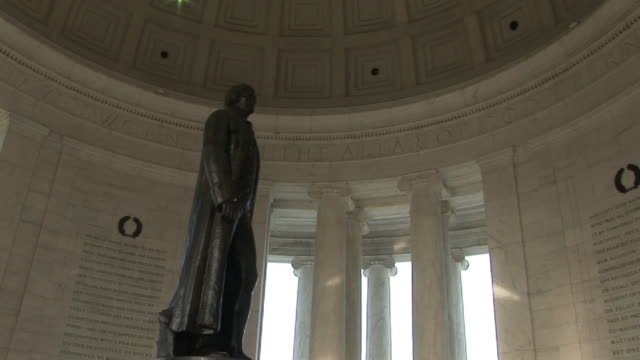 LA, ZI, CU, Statue of Thomas Jefferson in Jefferson Memorial, Washington DC, Washington, USA