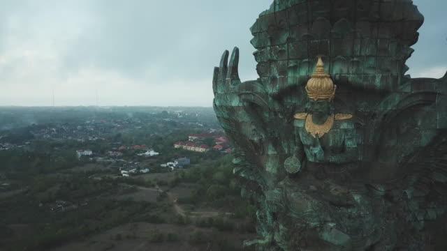 statue of vishnu in garuda wisnu kencana cultural park / bali, indonesia - statue stock videos & royalty-free footage