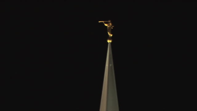 ms zo statue on top of tower of jesus christ of latter-day saints church at night, san diego, california, usa - mormonism stock videos & royalty-free footage