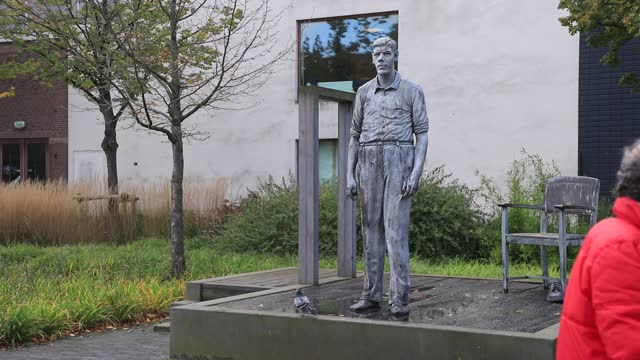 statue sculpted by artist herman lamers depicts rigardus rijnhout second tallest dutchman in the history on october 21, 2020 in rotterdam. - titan moon stock videos & royalty-free footage