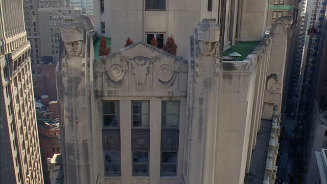 ha ws statues and bas relief carving on city bank-farmers trust company building at 20 exchange place / manhattan, new york, new york, usa - bas relief stock videos & royalty-free footage