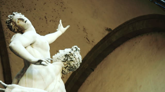 statues in piazza della signori, florence - 14th century bc stock videos & royalty-free footage