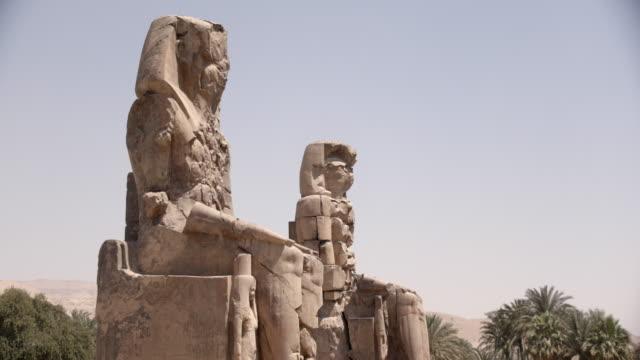 statues, karnak, luxor, egypt - temples of karnak stock videos & royalty-free footage