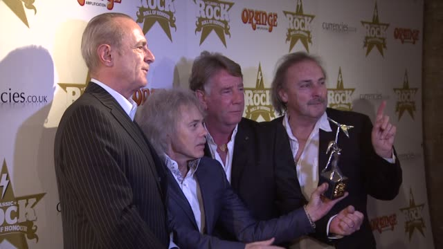 vidéos et rushes de status quo at classic rock awards at the roundhouse on november 13, 2012 in london, england - rock moderne