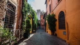 Steadicam: Idyllic narrow street in Rome, Trastevere