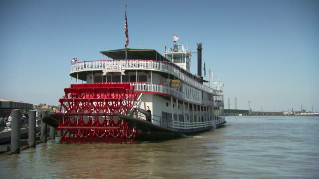 ms ts steam boat leaving from dock / new orleans, louisiana, united states - nautical vessel stock videos & royalty-free footage