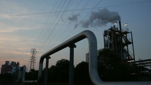 japan:  gas emissions, refinery - refinery stock videos & royalty-free footage