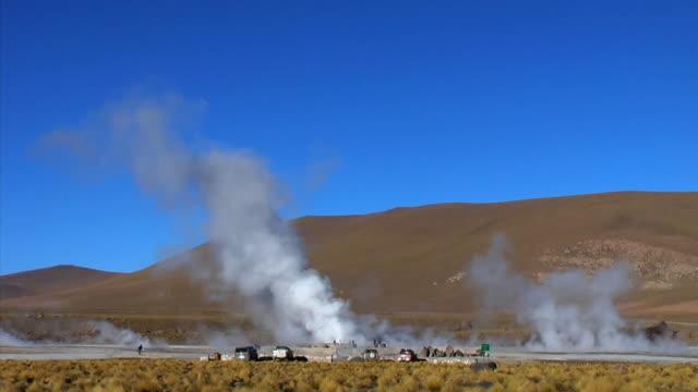 t/l ws steam rising over el tatio geyser field, san pedro de atacama, el loa, chile - san pedro de atacama stock videos & royalty-free footage
