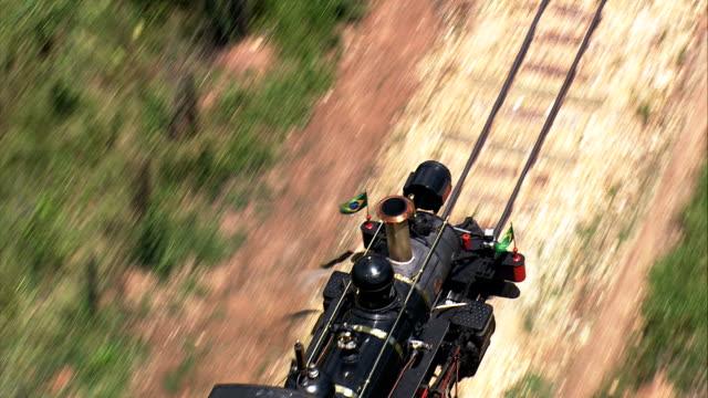 vídeos de stock, filmes e b-roll de trem a vapor ao ar livre são joão do rei-vista aérea-minas gerais, são joão del rei, brasil - vapor forma da água
