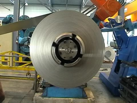 stockvideo's en b-roll-footage met steel coil - staal