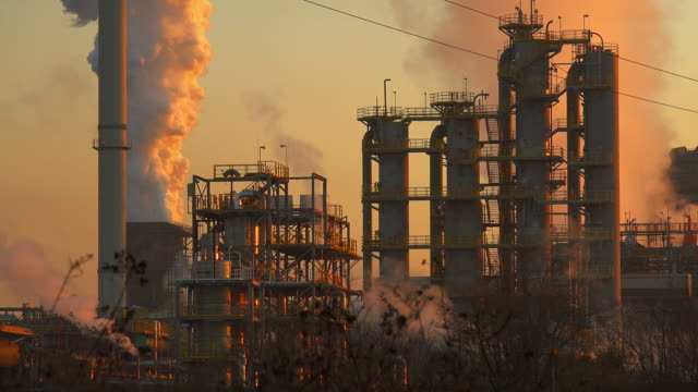 steelworks - fabrik stock-videos und b-roll-filmmaterial
