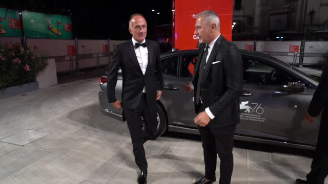 stefano sollima at 'zerozerozero' red carpet arrivals 76th venice film festival on september 05 2019 in venice italy - 76th venice film festival 2019点の映像素材/bロール