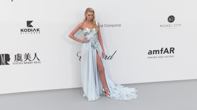 Stella Maxwell at the amfAR Cannes Gala 2019 Arrivals at Hotel du CapEdenRoc on May 23 2019 in Cap d'Antibes France