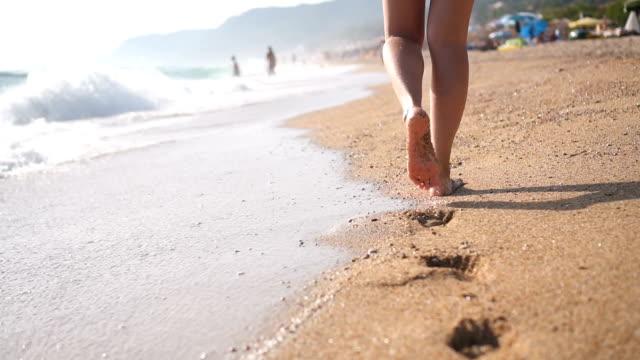 Schritt für Schritt am Strand