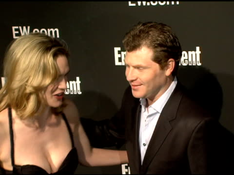 stockvideo's en b-roll-footage met stephanie march and bobby flay at the entertainment weekly's viewing party for 2006 academy awards at elaine's in new york, new york on march 5, 2006. - entertainment weekly