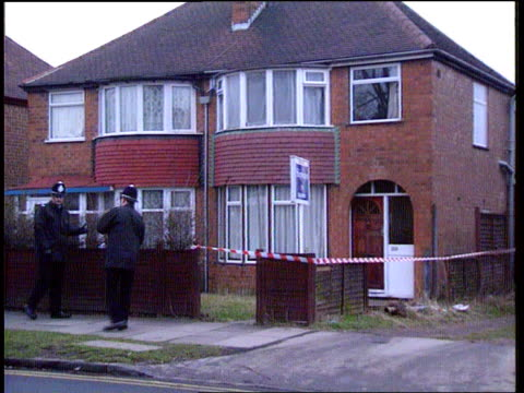 stephanie slater kidnap: man arrested: julie dart link; itn lib location unknown lms house where stephanie was abducted from with police outside ditto - police force stock videos & royalty-free footage