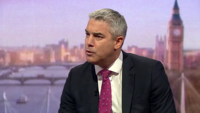 vídeos de stock e filmes b-roll de stephen barclay brexit secretary speaking on the andrew marr show says we are working hard with eu leaders particularly on the issue of the backstop - bbc