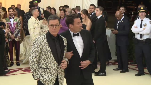stephen colbert and jimmy fallon at heavenly bodies fashion the catholic imagination costume institute gala at the metropolitan museum of art on may... - 2018 video stock e b–roll