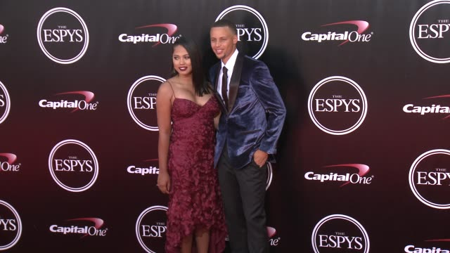 vídeos de stock, filmes e b-roll de stephen curry at the 2016 espy awards at microsoft theater on july 13 2016 in los angeles california - microsoft theater los angeles
