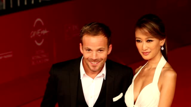 stockvideo's en b-roll-footage met stephen dorff and jennifer tse at 'the motel life' premiere 7th rome film festival at auditorium parco della musica on november 16 2012 in rome italy - stephen dorff