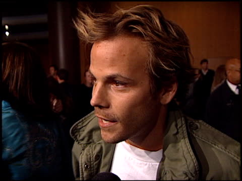 stockvideo's en b-roll-footage met stephen dorff at the 'snatch' premiere at dga in los angeles california on january 18 2001 - stephen dorff