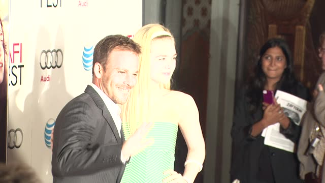 stockvideo's en b-roll-footage met stephen dorff elle fanning at afi fest 2012 ginger and rosa special screening on 11/7/2012 in hollywood ca - stephen dorff