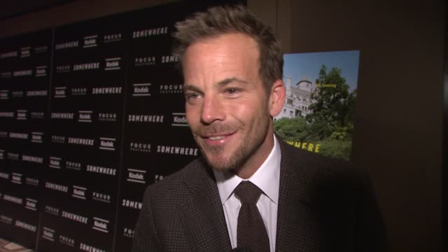 stockvideo's en b-roll-footage met stephen dorff on the chateau marmont on how he lived there for a while in his 20s what the hotel represents to hollywood to artists says it's great... - stephen dorff