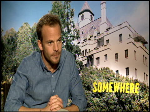 stockvideo's en b-roll-footage met stephen dorff on whether people not in the entertainment industry will like the film at the 'somewhere' junket at los angeles ca - stephen dorff