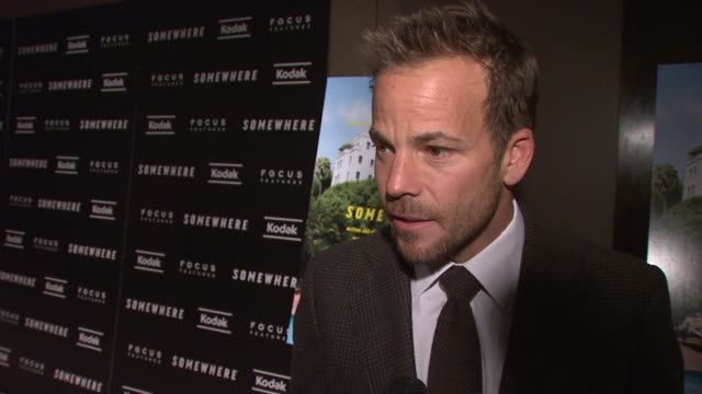 stockvideo's en b-roll-footage met stephen dorff talks about the appeal of his character to the normal viewer some of the experiences from working in hollywood he brought to the... - stephen dorff