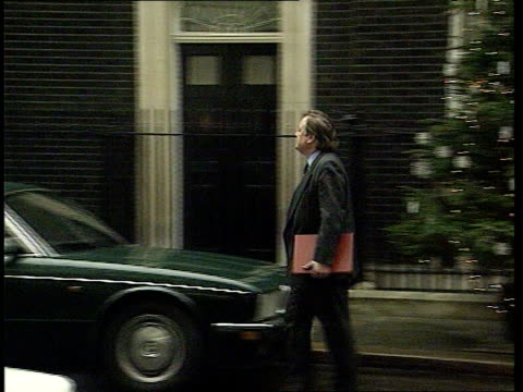 stephen dorrell calls for eu overhaul date ext kenneth clarke mp out of no10 and away to no11 - kenneth clarke stock-videos und b-roll-filmmaterial