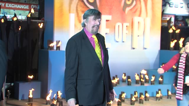 stephen fry at the uk premiere of 'life of pi' at empire leicester square on december 3 2012 in london england - stephen fry stock videos & royalty-free footage
