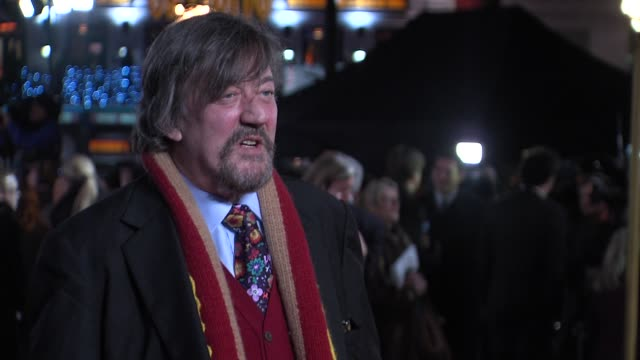 stephen fry at the world premiere of les miserables at the odeon leicester square on december 5, 2012 in london, england. - stephen fry stock videos & royalty-free footage