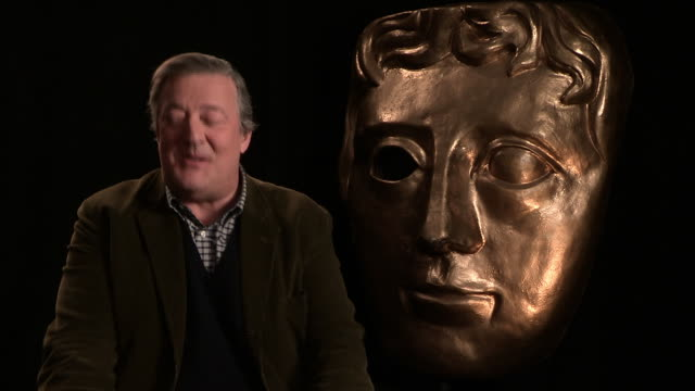 interview stephen fry on his new husband elliott spencer being in the audience at bafta interview at upbeat on february 02 2015 in london england - スティーブン フライ点の映像素材/bロール