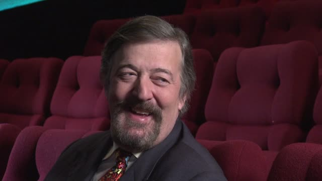 interview stephen fry on presenting the bafta's and how to react whether you win or lose stephen fry prebaftas 2013 interview at bafta on february 04... - stephen fry stock videos & royalty-free footage