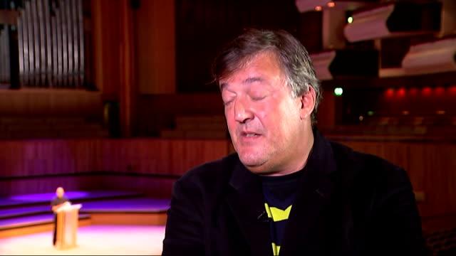 vídeos de stock e filmes b-roll de stephen fry talks about drug addiction in new autobiography; stephen fry interview continued sot - stephen fry