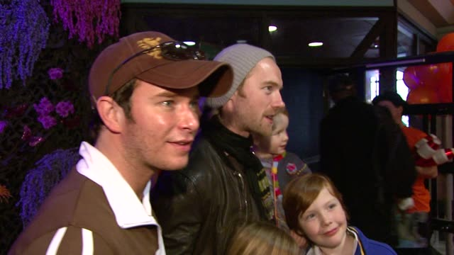 stephen gately and ronan keating at the 'horton hears a who' premiere on march 2, 2008. - ronan keating stock videos & royalty-free footage