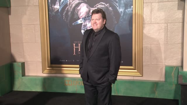 "stephen hunter at ""the hobbit: the battle of the five armies"" los angeles premiere at dolby theatre on december 09, 2014 in hollywood, california. - the hobbit: the battle of the five armies stock videos & royalty-free footage"