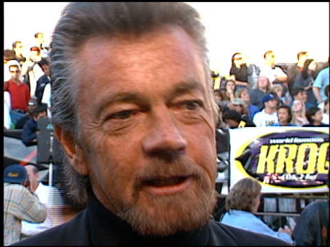 Stephen J Cannell at the Premiere of 'The X Files Fight the Future' on June 11 1998