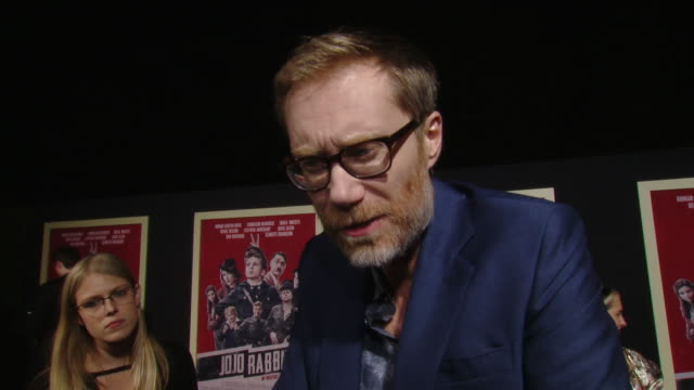 """interview stephen merchant on the movie plot and his character at the """"jojo rabbit"""" los angeles premiere presented by fox searchlight pictures in los... - fox searchlight pictures stock videos & royalty-free footage"""